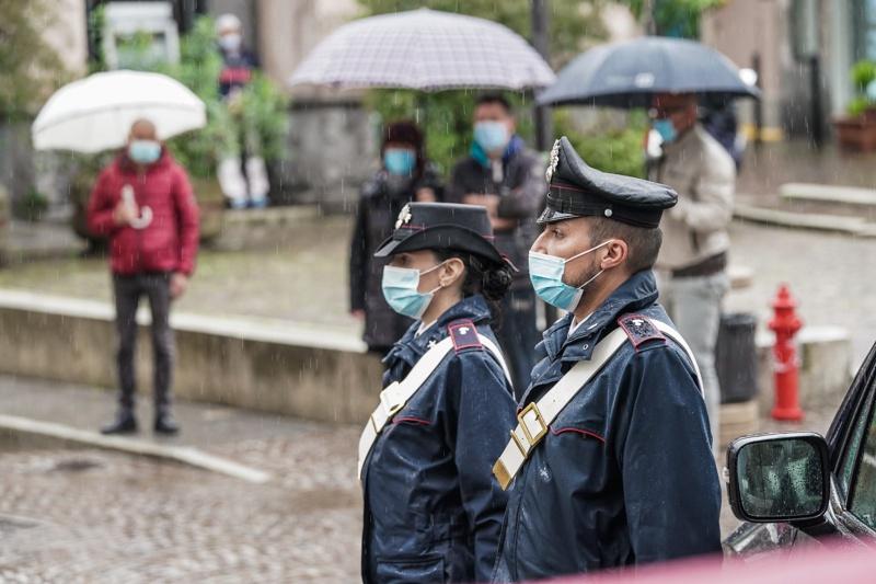полицаи Италия