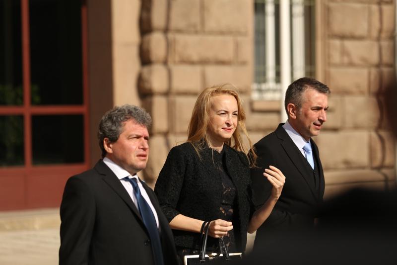 Има такъв народ, Антоанета Стефанова