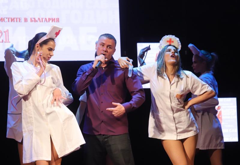 """В Народния театър ,,Иван Вазов"""" започнаха наградите Икар"""