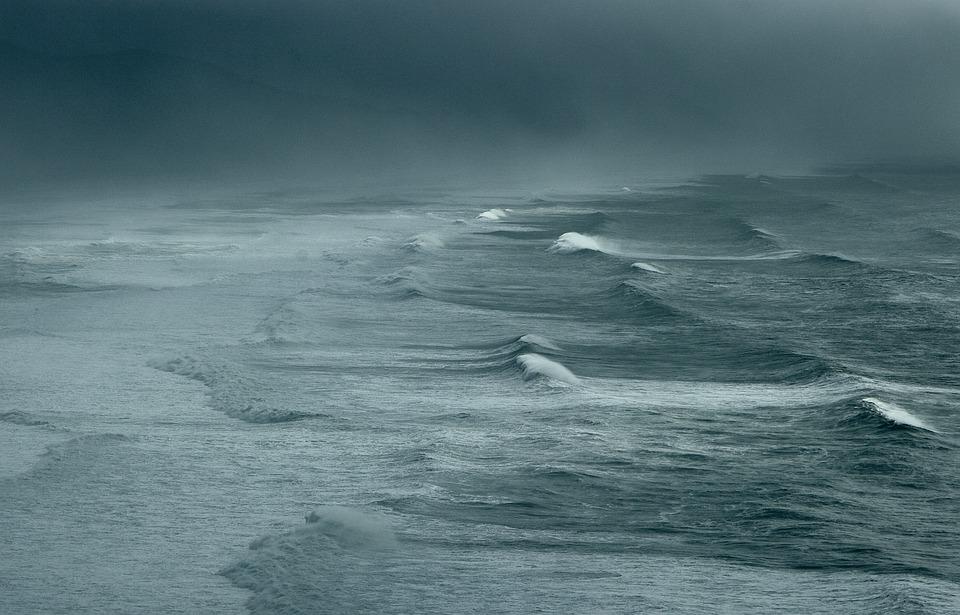 море мъгла вълни буря