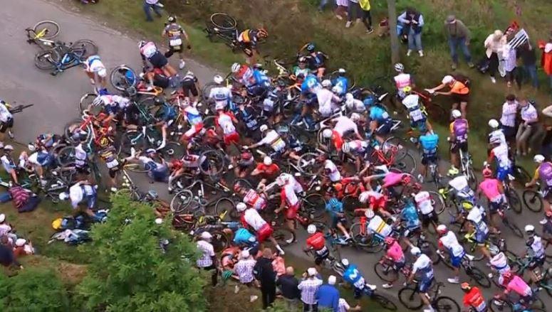 падане колоездене Тур дьо Франс