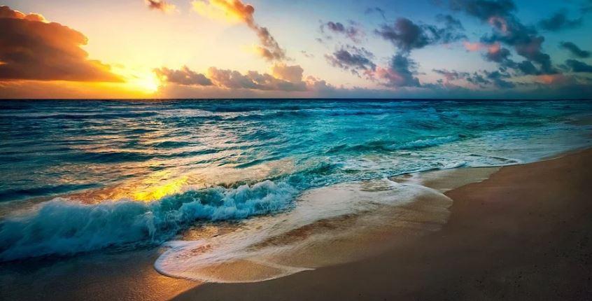 плаж слънце море