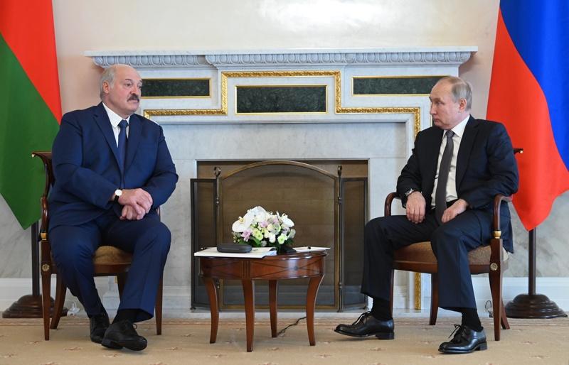 Лукашенко Путин Санкт Петербург 2021