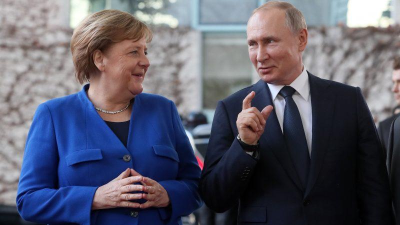 Путин Меркел снимка БГНЕС/ЕРА