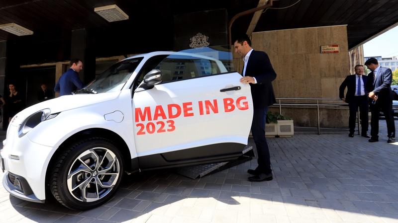 български коли