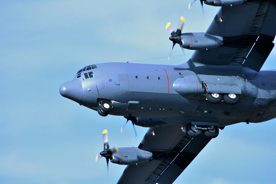 самолет С-130 Херкулес