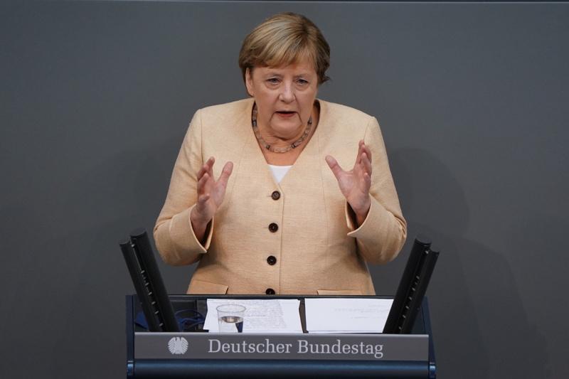 Меркел Бундестаг