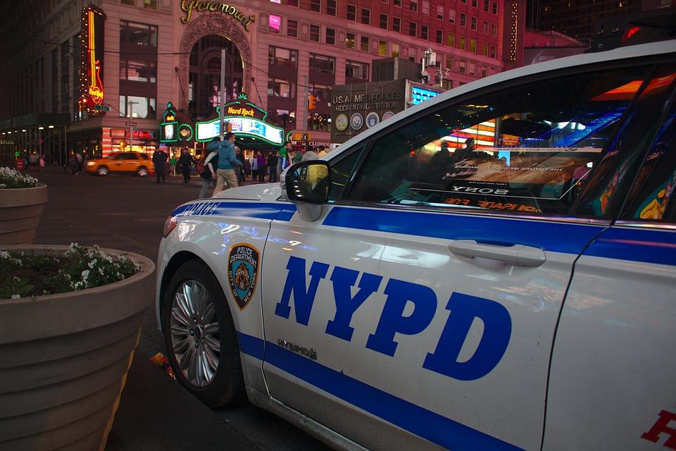 полиция Ню Йорк патрулка