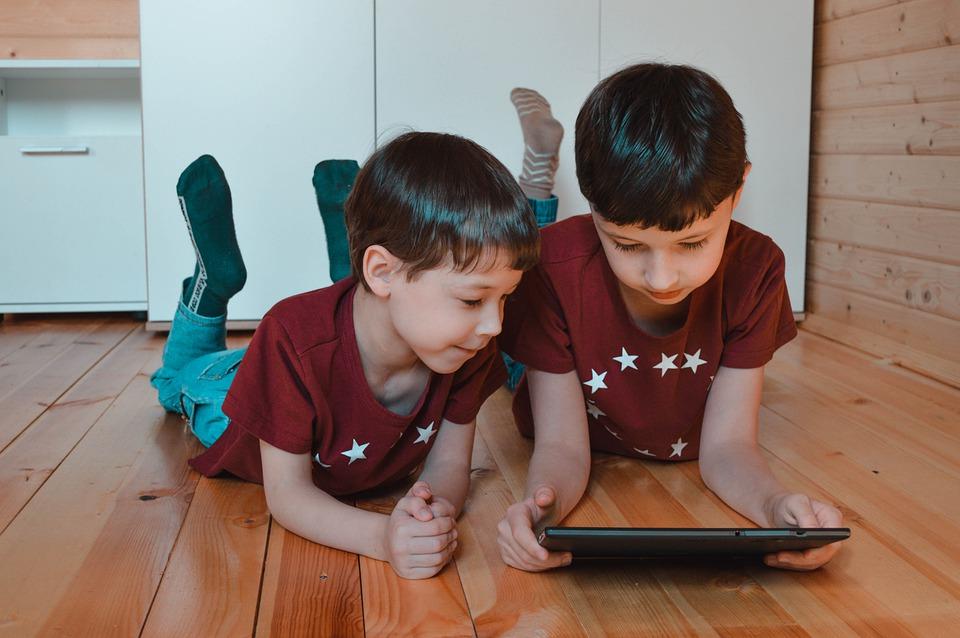 деца таблет технологии