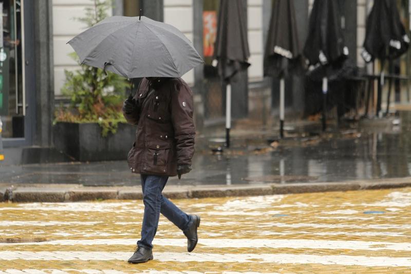 дъжд, улици